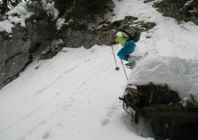 """""""Schneeschuhspringen"""" beim Abstieg vom Hochzinödl im Gesäuse, Februar 2015"""